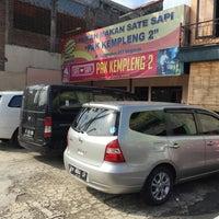 Photo taken at Sate Sapi Pak Kempleng 2 by Adhi R. on 8/14/2016