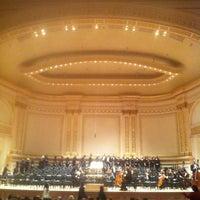 Foto diambil di Carnegie Hall oleh Jonathan B. pada 4/15/2013