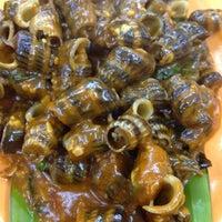 Photo taken at Restoran Ahwa 新青山亚华福建面 by Eirene Adrasteia X. on 11/23/2012