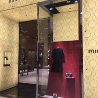 Photo taken at miumiu前 by heresy666 on 1/23/2016