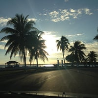 Foto tomada en Boulevard Bahía por Ana Patricia R. el 12/16/2012