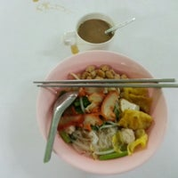 Photo taken at ร้านสุขภาพ อาหารเจ by Kim S. on 6/16/2014
