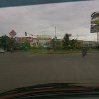 Photo taken at Perempatan Giant Hypermart - German Centre by Marchellinus D. on 6/6/2013