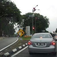 Photo taken at Perdana Botanical Garden by Lokli I. on 9/22/2012