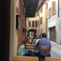 Foto scattata a La Grotta da Ivo S. il 9/18/2012