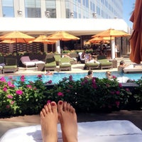 Photo taken at The Pool Cabana at the Mandarin Oriental by Aanchal A. on 9/17/2016