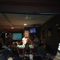Foto tirada no(a) Bar do John por Denize D. em 3/10/2013