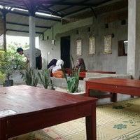 Photo taken at Waroeng Huhah by Sallsa K. on 11/6/2012
