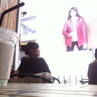 Photo taken at CAFE WORKSHOP by DH K. on 10/13/2012