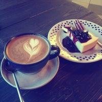 Снимок сделан в Кофе на кухне пользователем Olia P. 11/6/2012