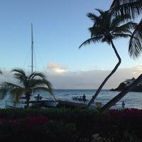 Photo taken at Bolongo Bay Beach Resort by Scott S. on 3/13/2016