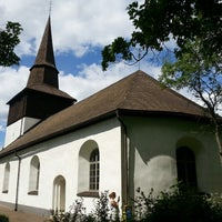 Photo taken at Oppeby kyrka by Miķelis S. on 6/9/2013