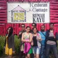 Photo taken at Rumah Kayu Resto & Cottage by Andreas H. on 4/9/2013