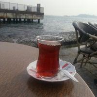 Das Foto wurde bei Kabataş Sahili von Hilal B. am 3/2/2013 aufgenommen