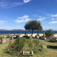 Photo taken at Ayışığı Pansiyon by Cenk Burak Ç. on 9/24/2016
