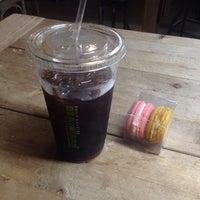 Foto scattata a Bean & Bean Organic Coffee da juan pablo f. il 8/14/2015