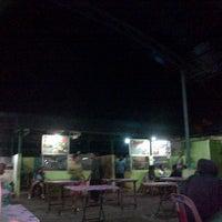 Photo taken at Taman kota by Linna A. on 1/25/2013
