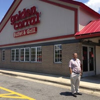 Photo taken at Golden Corral by Clayton W. on 7/23/2013