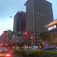 Photo taken at 新竹喜來登大飯店 Sheraton Hsinchu Hotel by Len T. on 2/10/2014