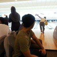Das Foto wurde bei Melaka International Bowling Centre (MIBC) von aToQ™ am 10/26/2012 aufgenommen