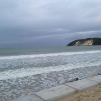 Photo taken at Whiskritorio Beach by Gabriel d. on 7/10/2013