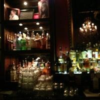 6/30/2013 tarihinde Scott S.ziyaretçi tarafından Twilite Lounge'de çekilen fotoğraf