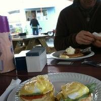 10/20/2012 tarihinde becca p.ziyaretçi tarafından The Egg Carton'de çekilen fotoğraf