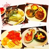 Photo taken at Oishi Buffet by Anusak P. on 12/16/2012
