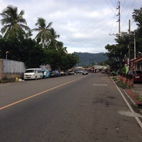 Photo taken at Veterans Drive, Nivel Hills by JhayR™ on 1/8/2014