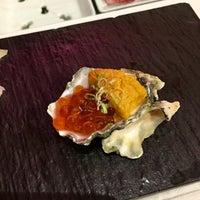 Das Foto wurde bei Sushi By Boū von Jennifer M. am 8/25/2017 aufgenommen