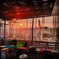 Photo taken at Sandbox by Danilo V. on 5/13/2014