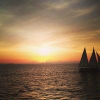 7/21/2013에 No B.님이 Sunset watersports booze cruise에서 찍은 사진