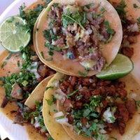 Foto tomada en Tacos Conin por Nacho R. el 11/6/2012