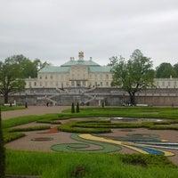 Снимок сделан в Дворцово-парковый ансамбль «Ораниенбаум» пользователем Саня К. 5/26/2013