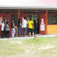 Photo taken at Sekolah Rendah Kebangsaan Sri Subang Jaya Ss14/8 by Kathijah O. on 5/5/2013