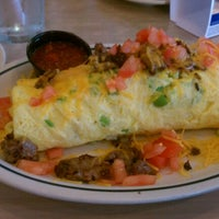 Photo taken at IHOP by Pharon H. on 9/17/2012