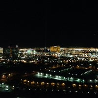 Foto tirada no(a) The View por 360 Vegas M. em 9/25/2013