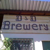 Photo taken at D&D Brewery, Lodge, and Restaurant by Manuel Alejandro H. on 10/8/2012