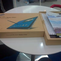 Photo taken at Samsung mobile by Tb Yoga P. on 5/15/2014