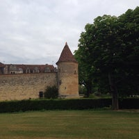 Photo taken at Château Le Grand Verdus by Barbara M. on 4/18/2014