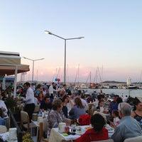 6/8/2013 tarihinde Emre S.ziyaretçi tarafından Sahil Restaurant'de çekilen fotoğraf
