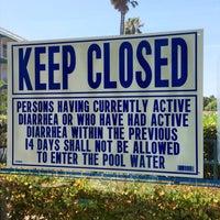 Photo taken at Palos Verdes Inn Pool by Lauren ♔. on 7/5/2014