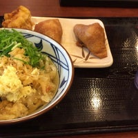 Photo taken at 丸亀製麺 北谷店 by キリト (. on 4/25/2017