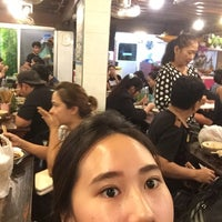 Photo taken at Rue Thong Boat Noodle by Aif K. on 10/11/2017