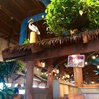 Photo taken at Islands Restaurant by dutchboy on 6/24/2017