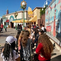 Photo taken at Paradise Pier Ice Cream Co. by dutchboy on 1/29/2017
