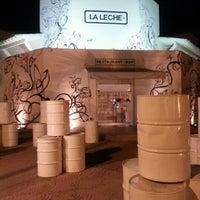 Photo taken at La Leche by Ferdi L. on 12/23/2012