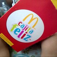 Photo taken at McDonald's by Ricardo on 1/27/2013