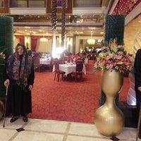 Photo taken at Firouzeh Restaurant   رستوران فیروزه by vida m. on 11/9/2016