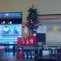 Photo taken at Starbucks by Steven K. G. on 12/22/2012
